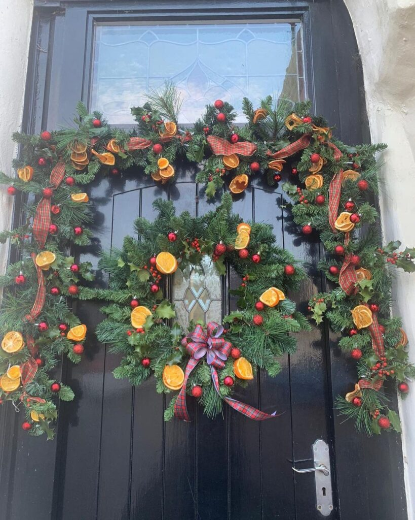 drying oranges for garland