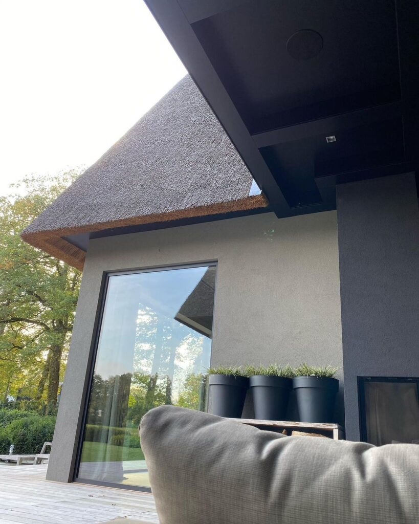 most popular exterior paint colors 2020