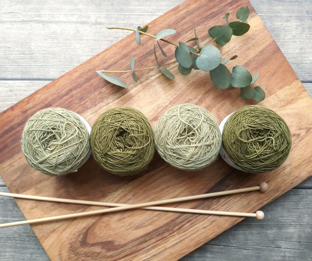 fun crafts to do with yarn