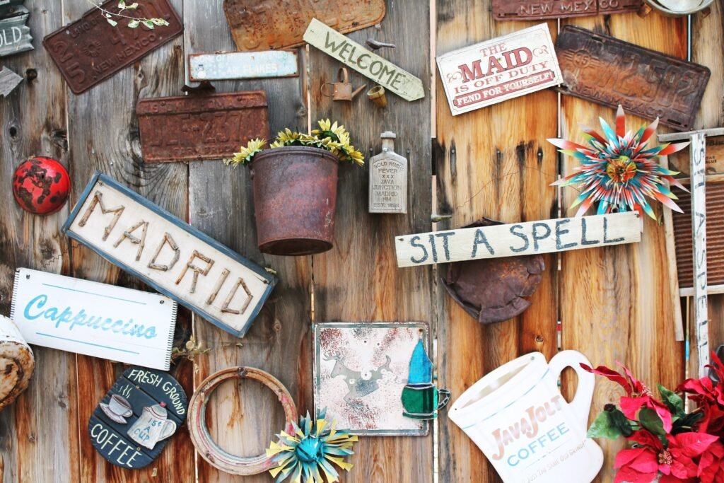 make a wall plaque out of wood